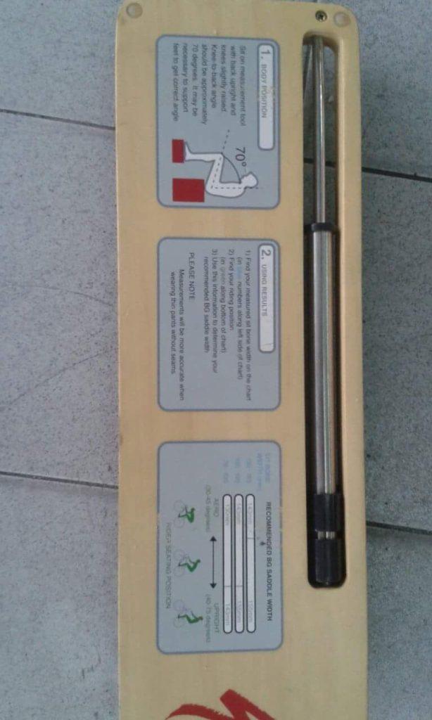 Alat yang digunakan untuk mengukur size saddle yang sesuai